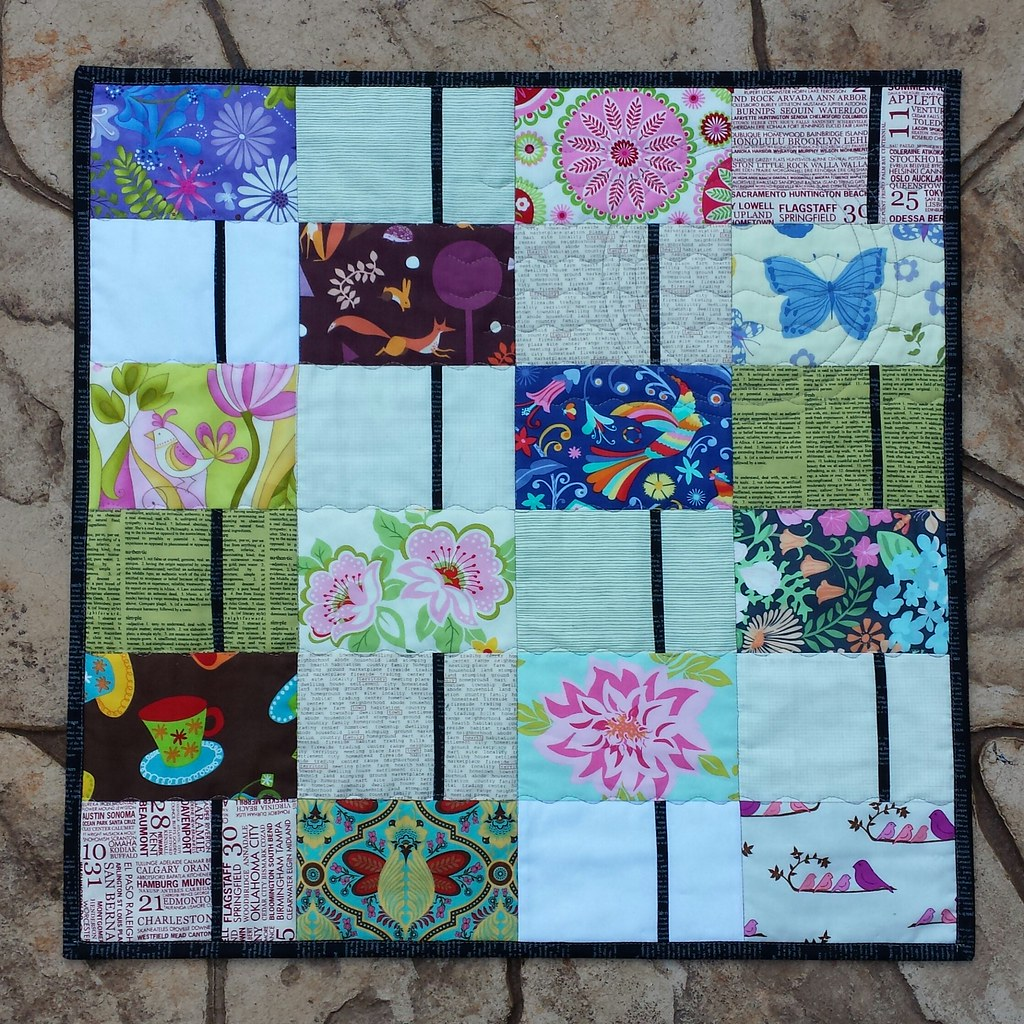 Postcard Quilt. | Debbie at A Quilter's Table is hosting a P… | Flickr : postcard quilts - Adamdwight.com