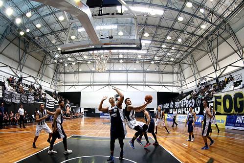Botafogo 80 x 59 Brusque