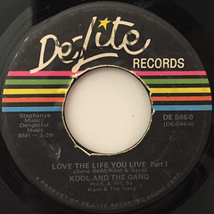 KOOL & THE GANG:LOVE YOUR LIFE YOU LIVE(LABEL SIDE-A)