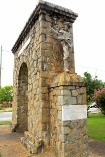 Calhoun, GA Memorial Arch - WWI Soldier