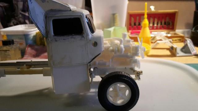 [Déterrage] Wolf Truck sur base de Diamond Reo AMT au 1/24 33090184346_f10069d760_z