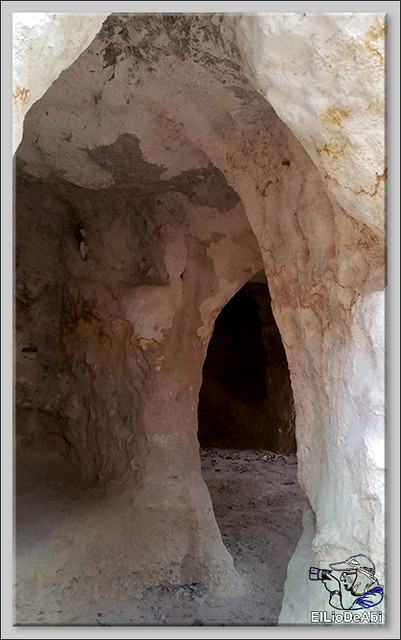 Descubrir las Cuevas de los Portugueses 7