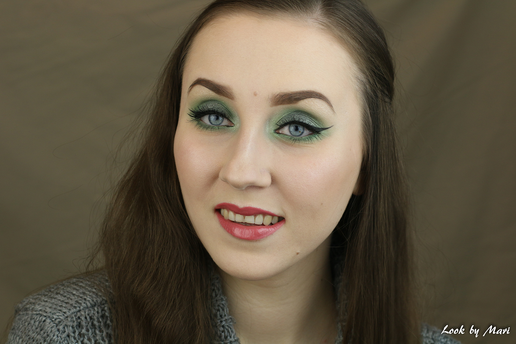 1 green eye makeup smoky eyes tutorial ideas inspo