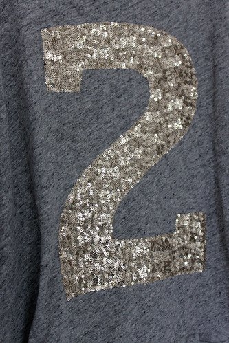 Pimp My Shirt Sequin Application DIY | by letizia.lorenzetti