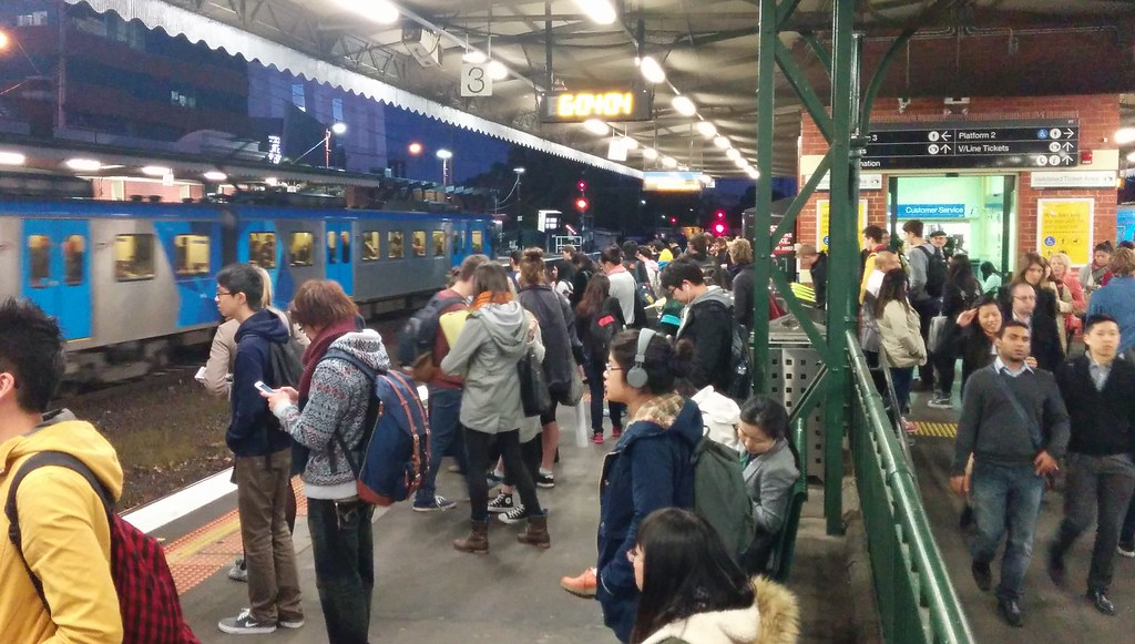 Caulfield station, inbound passengers during evening peak