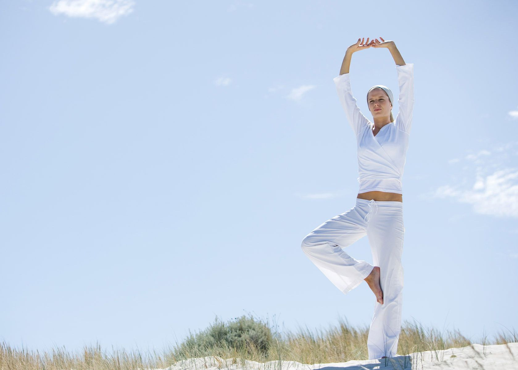 yoga-white-suit