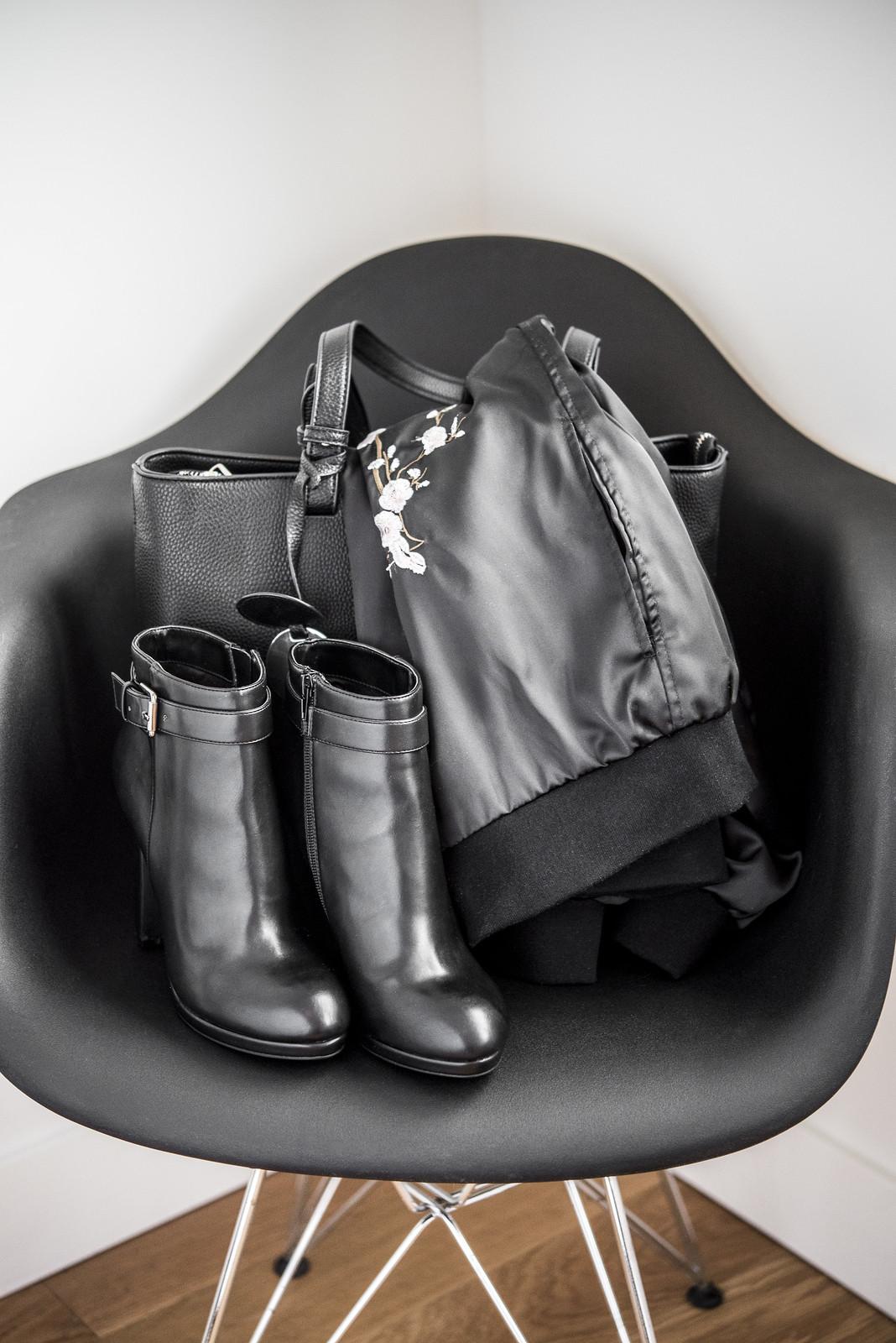 camdg, camille dg, lookbook, all black, noir, lechateau