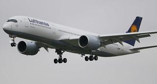 AIRBUS A350-900XWB LUFTHANSA D-AIXC