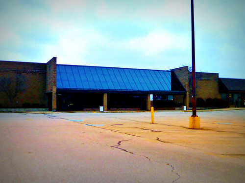 Kroger Piqua Ohio >> Closed Kroger... | This Kroger store was built in 1980 and