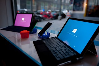 sneakNtouch - Microsoft Austria Surface Pro 3 Launch Event | by ambbase