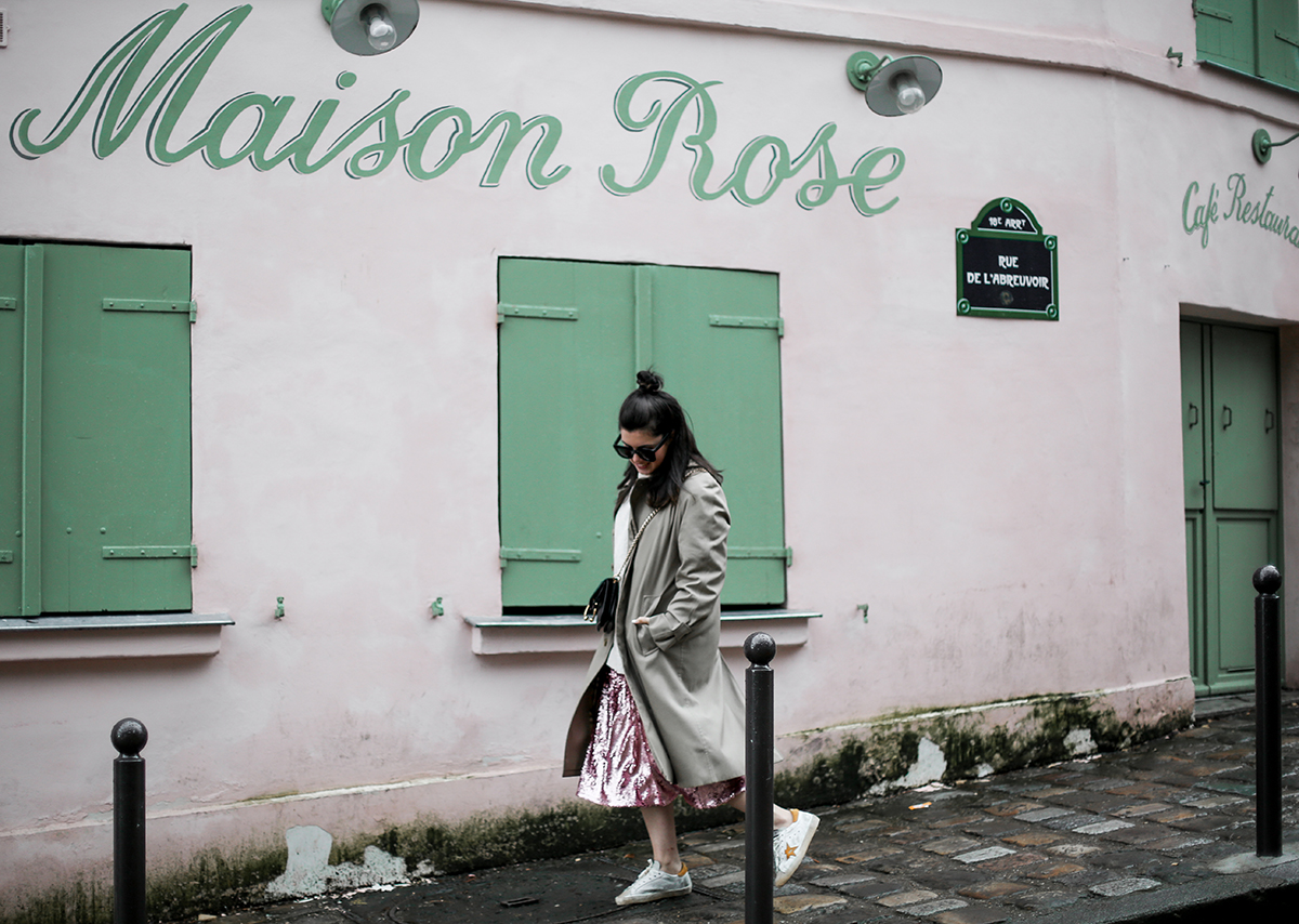 pink-sequin-skirt-hm-golden-goose-sneakers-vintage-burberry-trench-streetstyle8
