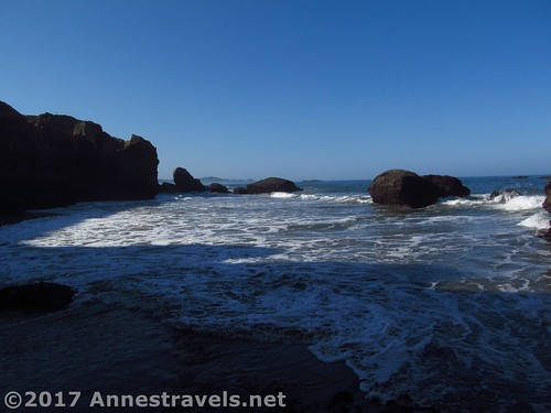 The ocean outside the Punchbowl (seen from near the sea cave / sea side sea arch entrances), Oregon