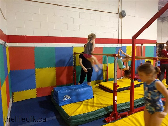 Gymnastics_LittleKBars