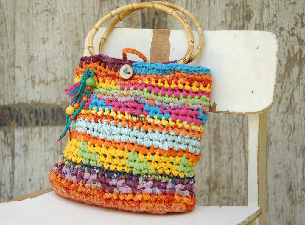 Colorful Crocheted Purse With Bamboo Handles Joyful Su Flickr