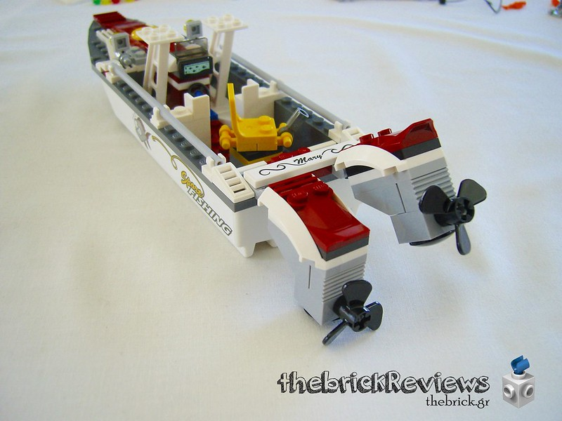 ThebrickReview: 60147 Fishing Boat 32447707193_ca0f08d78f_c
