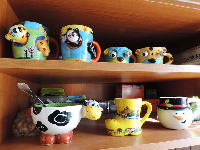 Souvenirs: mugs of all kinds