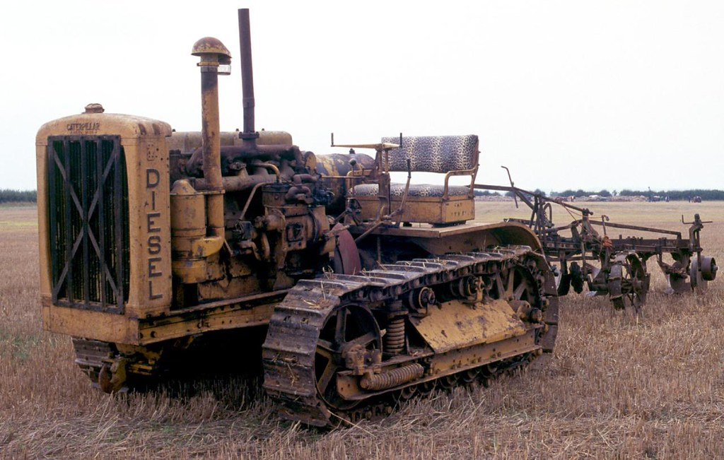 By Agfapan 25 Caterpillar 65 Diesel At The 2014 Little Casterton Working Weekend