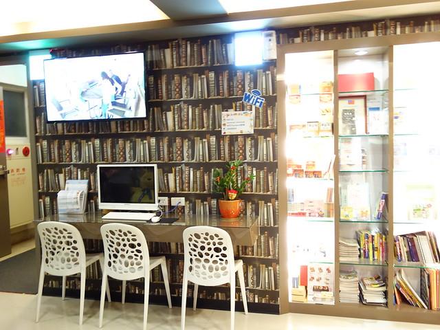 公用區域有電腦可使用@清翼居童話館,近台北車站的住宿選擇