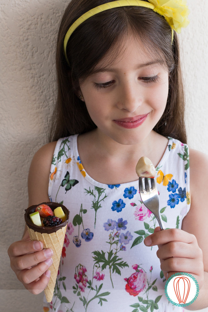 Little Foodies: Fruit Cones with Yogurt Dipping Sauce