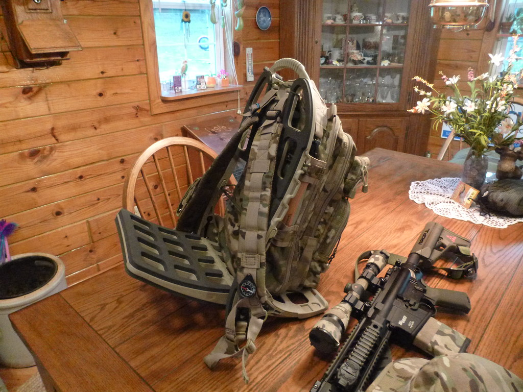 Hunting Pack on Pack Mule Frame | Customer Provided: Coyote … | Flickr