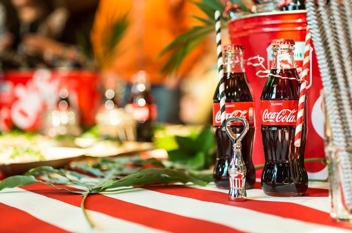coca-cola cokis pienet lasipullot kattaus