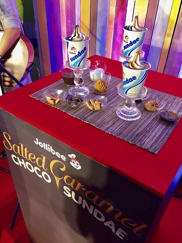 Jollibee Choco Caramel Sundae