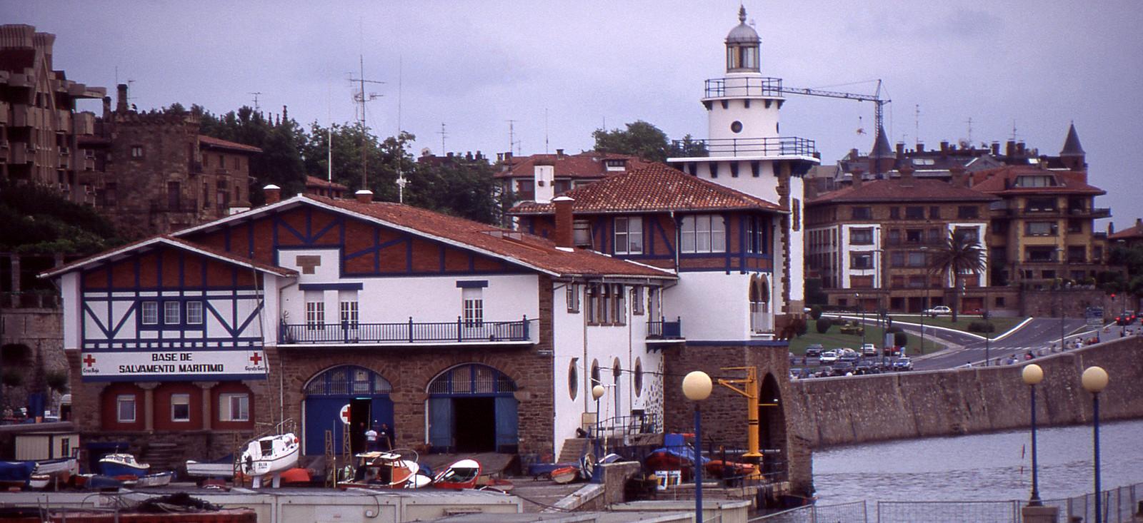 Base de salvamento de Arriluze (País Vasco)