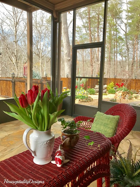 Mom's Porch-Housepitality Designs