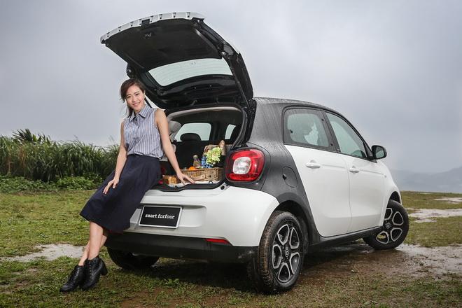 smart forfour趣味變身smart forfood,展現後車廂豐富機能性,小車也能擁有驚喜大空間
