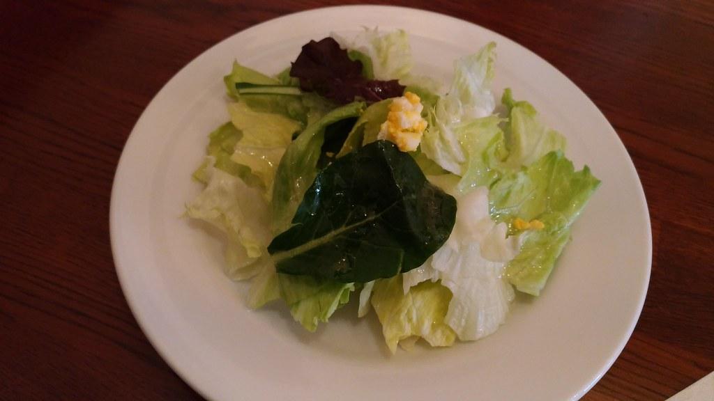 「イル・クアルト・ポンテ」のランチのサラダ