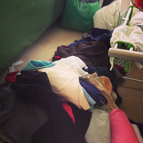 how to sort clothes to get rid of