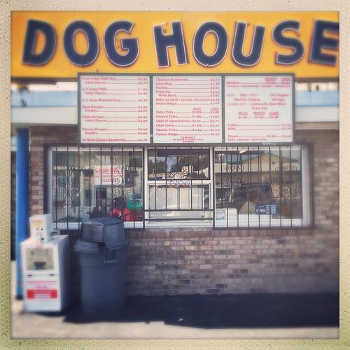 Dog house albuquerque new mexico breaking bad film locatio for Dog house albuquerque