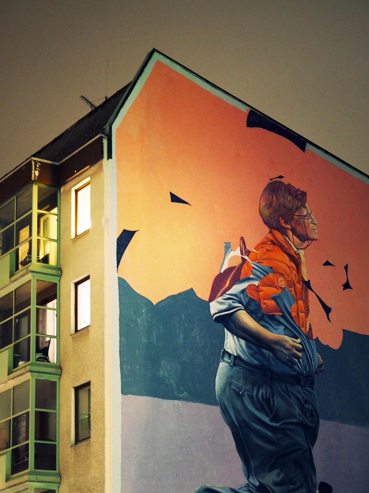 Street Art Kreuzberg Big Wall Building_effected