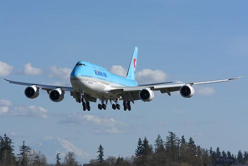 Korean Air Boeing 747-8i HL7642