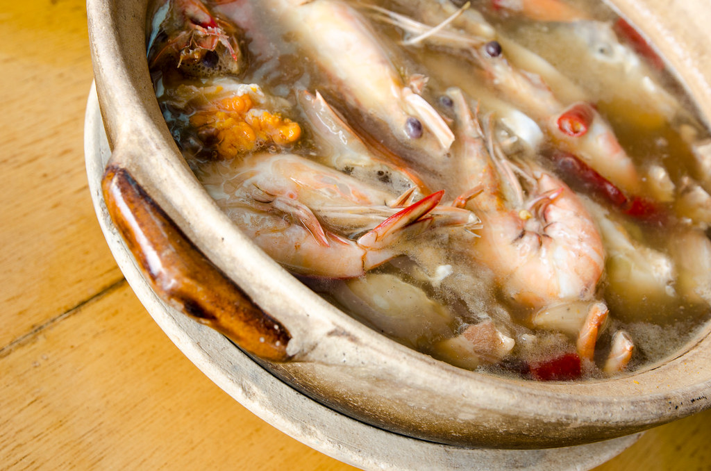 Chinese wine soup prawn