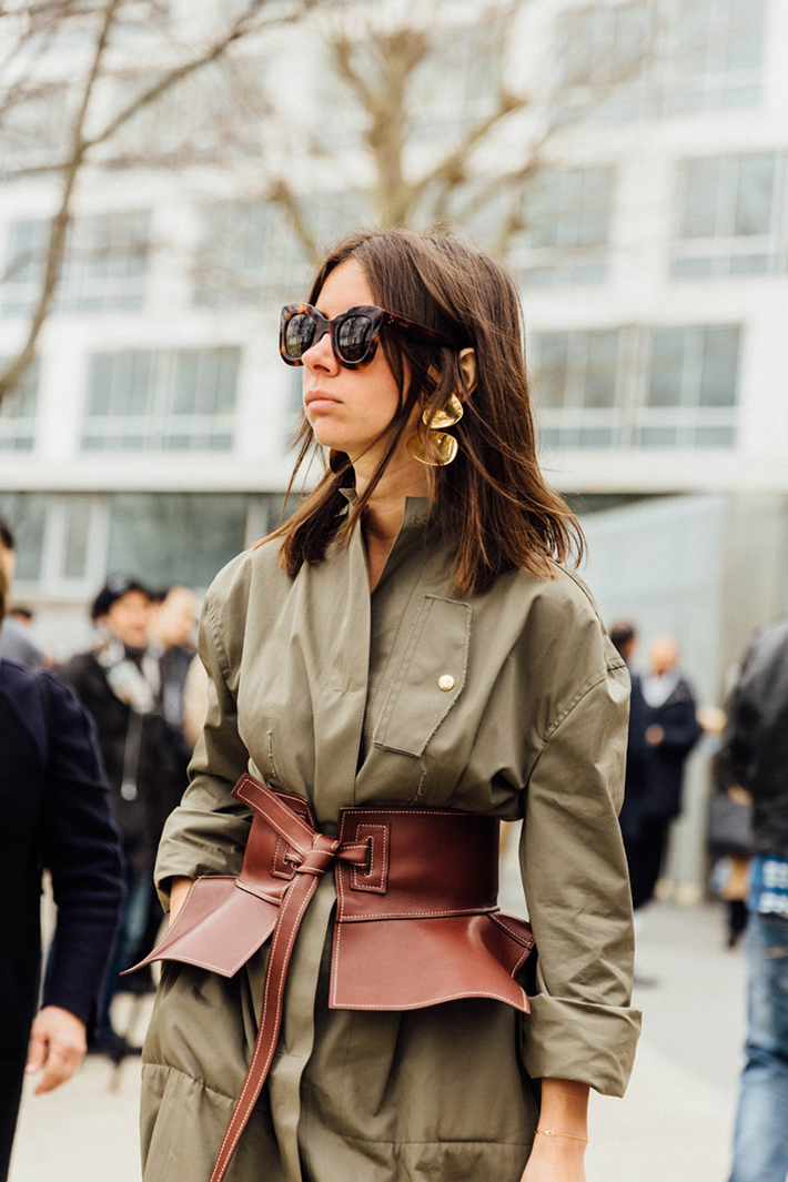 Paris fashion week street style outfit inspiration accessories fashion trend style17