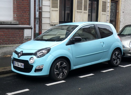renault twingo ii bleue dans le quartier gueguette80 d finitivement non voyant flickr. Black Bedroom Furniture Sets. Home Design Ideas