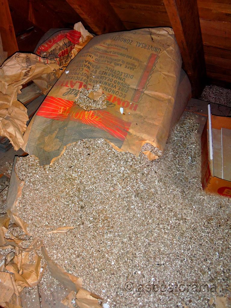 ... Zonolite Attic Insulation (Asbestos Contaminated Vermiculite) | by Asbestorama & Zonolite Attic Insulation (Asbestos Contaminated Vermiculiu2026 | Flickr
