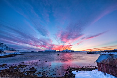 sunset at my place. Epic Photos from Northern Norway by Benny Høynes
