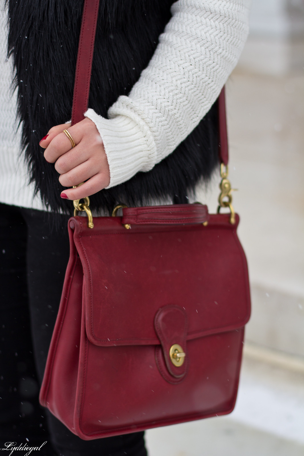 black fur vest, white sweater, red coach willis bag, snow outfit-4.jpg