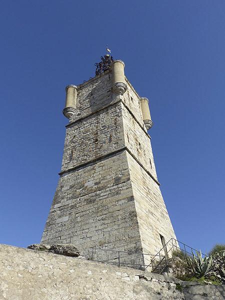 tour draguignan
