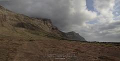Risco de Famara y Volcán de la Corona (Haría, Lanzarote)
