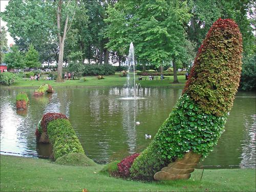 Claude Ponti au jardin des plantes (Le Voyage à Nantes 201 ...