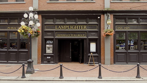 Lamplighter gastown cliffano subagio flickr for Lamplighter gastown