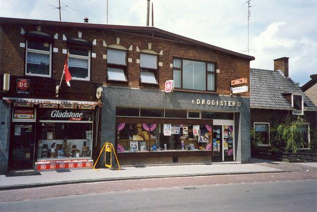 Kerkstraat 033-35, 1975~