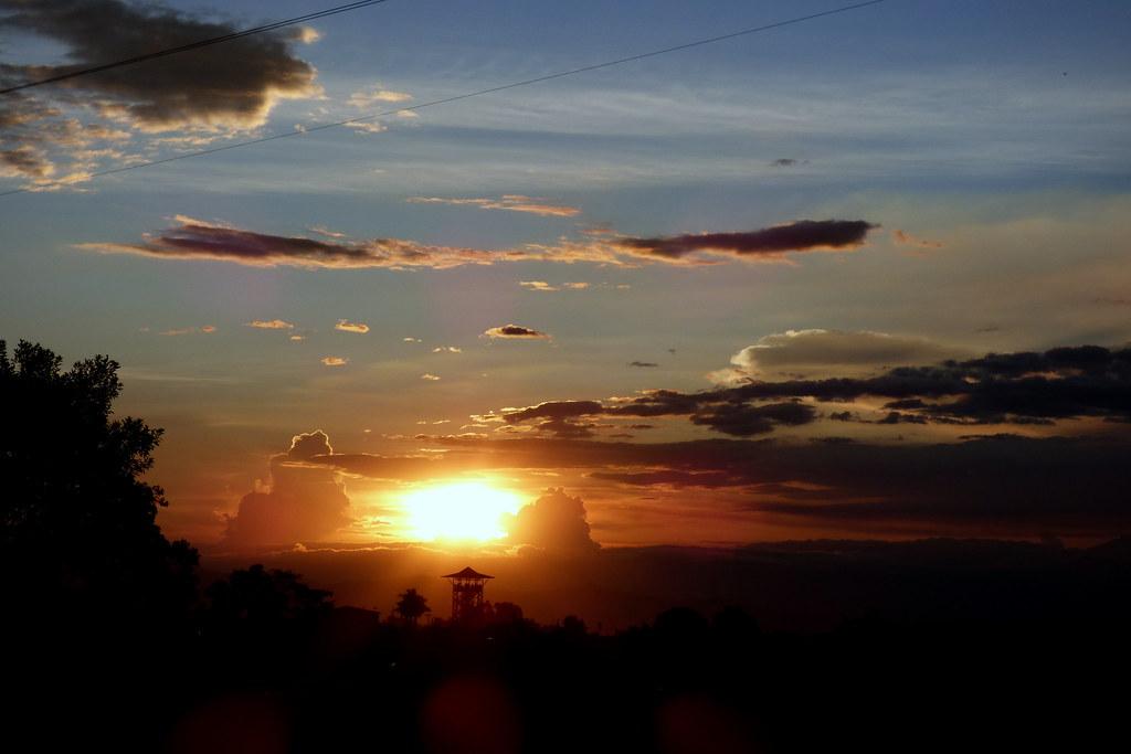 Puesta de sol en Circasia