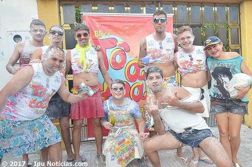 Bloco do Avesso abre o 2º dia de Carnaval em Ipu