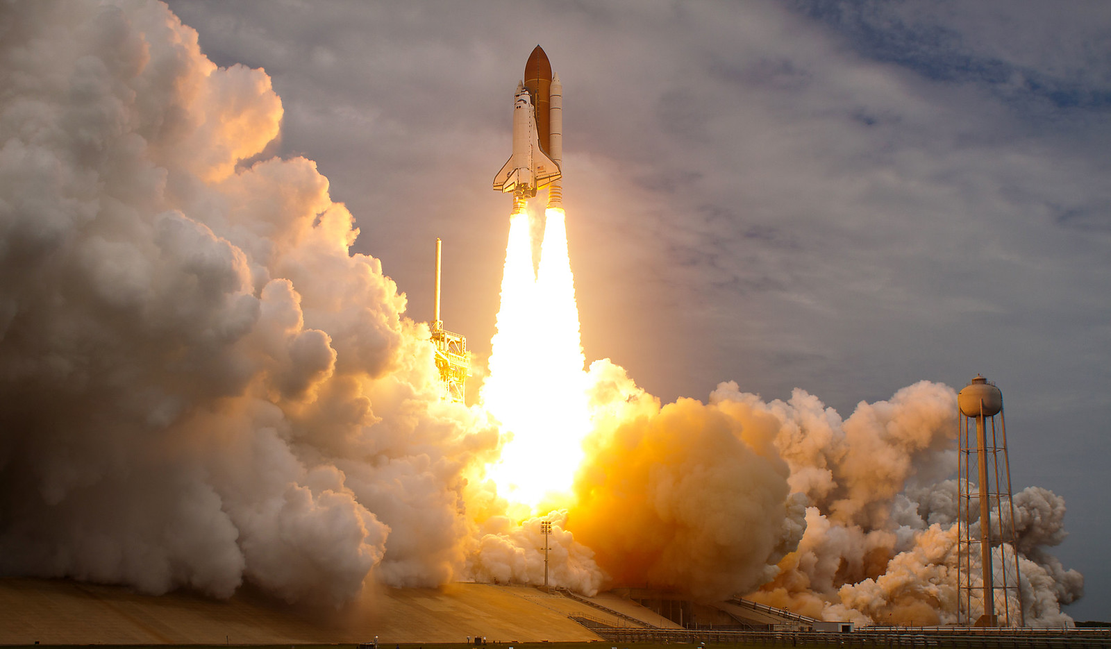STS_135_Launch
