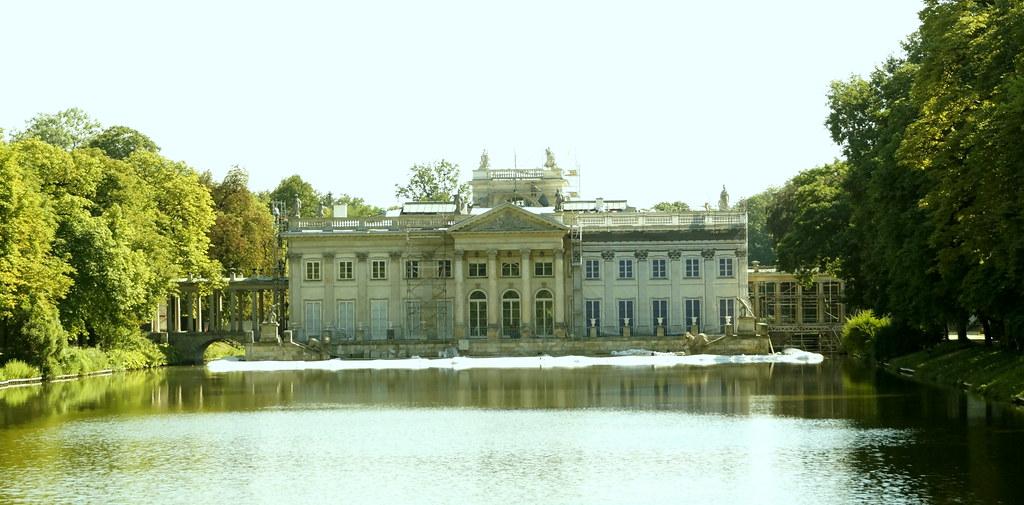 łazienki Królewskie Die Gartenanlage Wurde Im 17 Jahrhund