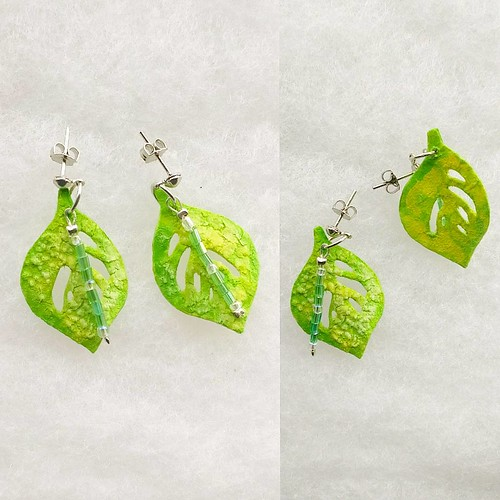 Monstera Leaf Paper Earrings by Serait Creations